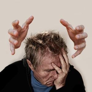 Imagen de un hombre molesto por Gerd Altmann de Pixabay
