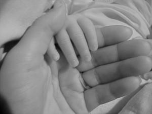 De la mano con mi hija