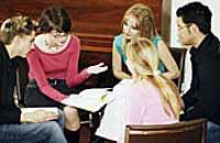 ¿Cómo puedo evangelizar a mis amigos y familiares sin ofenderlos o alejarlos?